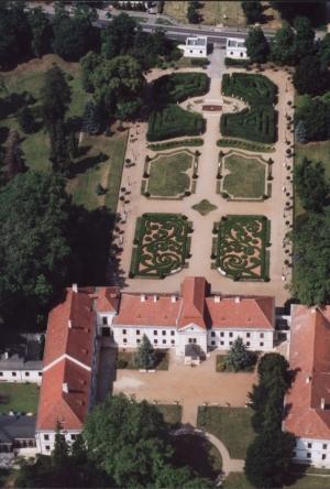 Szechenyi-istvan-emlekmuzeum-szechenyi-kastely-Nagycenk