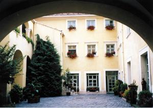 Erdeszeti-faipari-es-foldmerestorteneti-gyujtemeny-esterhazy-palota-Sopron