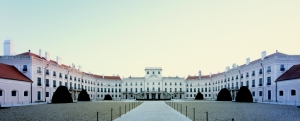 Esterhazy-kastely-kastelymuzeum-Fertod