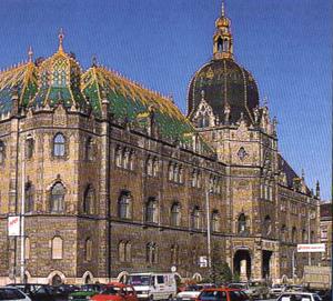 Iparmuveszeti-muzeum-Budapest