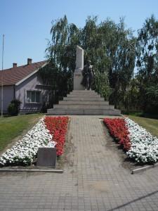 Kossuth-emlekszoba-Dombrad