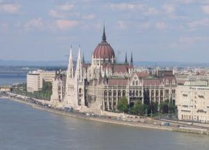Orszaghaz-parlament-Budapest