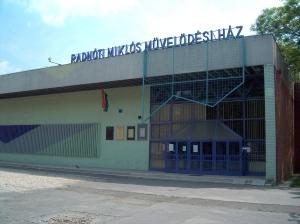 Radnoti-miklos-muvelodesi-haz-Budapest