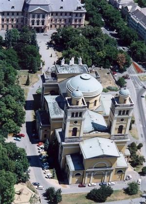 Bazilika-erseki-foszekesegyhaz-Eger