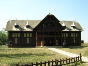 Gemenc-kirandulo-kozpont-Szekszard