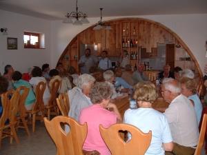 Hatarmenti-vinoteka-Oszko