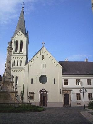 Ferences-templom-es-kolostor-Veszprem