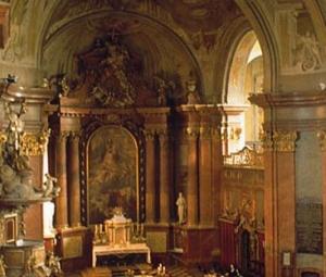 Szent-istvan-bazilika-Szekesfehervar