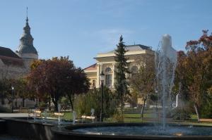 Megyehaza-konferencia-es-kulturalis-kozpont-Szentes