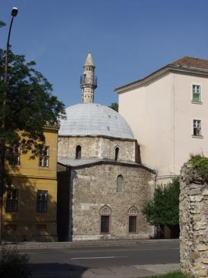 Jakovali-hasszan-pasa-dzsamija-es-minaret-Pecs