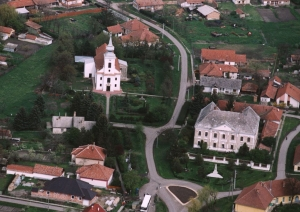 Romai-katolikus-templom-Janoshida